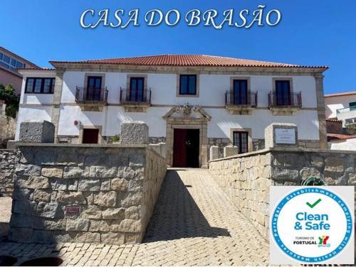 Casa Do Brasao - Photo 2 of 108