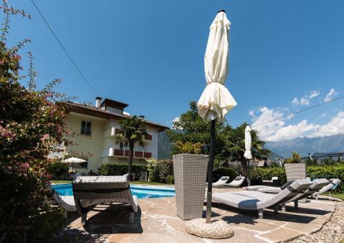 Hotel Residence Martha - Accommodation - Lana