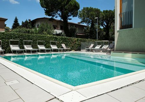. Sirmione Rosselli Apartments