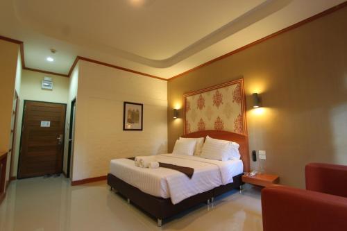 Thada Chateau Hotel  Thada Chateau Hotel