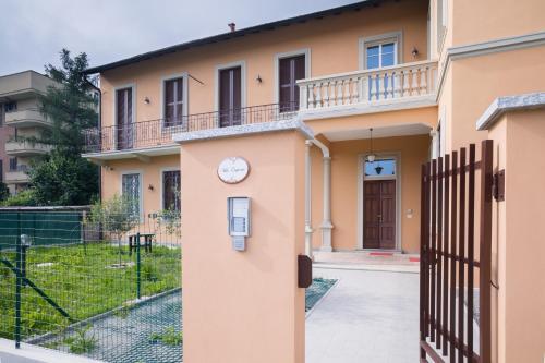 Al 33 di Via Roma - Apartments - Cardano al Campo