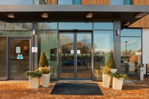 . Holiday Inn Express Cambridge Duxford M11 Jct 10, an IHG hotel