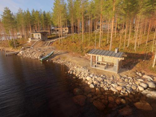 Ukkoteeri - Chalet - Savonranta