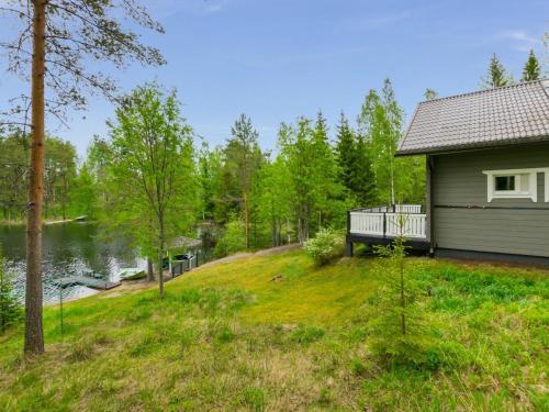 Holiday Home Kiikkukallio