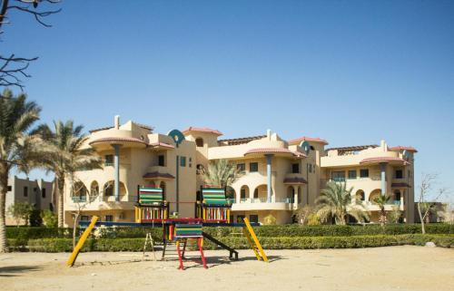 . Green Sudr Resort