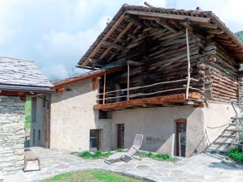 Accommodation in Lignan