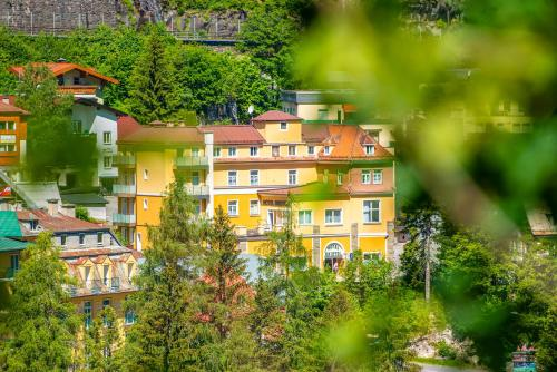 Hotel Bristol - Accommodation - Bad Gastein