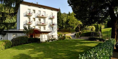 . Hotel Lilla'