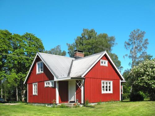. Holiday Home Yxenhult Malings - SKO173