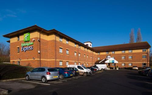 Holiday Inn Express Taunton, an IHG Hotel