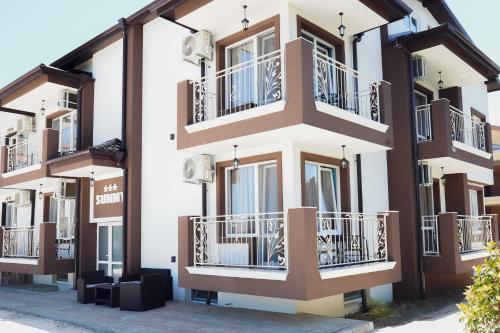 Sunny Apartments Obzor