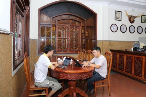 Tân Hoàng Gia Hotel - Photo 6 of 71