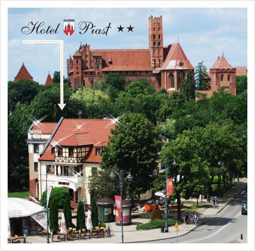 . Hotel Piast w centrum