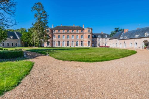Kasteel-overnachting met je hond in Château De Denonville - Denonville