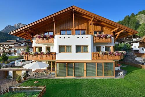 Apartments Burvel - Sëlva