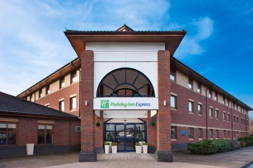 Holiday Inn Express Warwick - Stratford-Upon-Avon, An Ihg Hotel