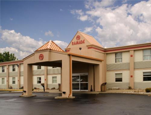 Ramada By Wyndham Angola/Fremont Area - Angola, IN 46703