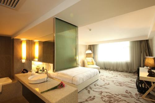 Beijing Springs Valley Hotel photo 19