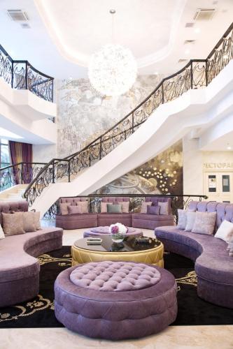 Звездный Отель WELLNESS & SPA - Hotel - Sochi