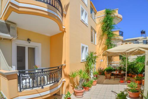 . Villa Mimagia Apartments