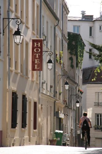 Hôtel du Roussillon - Hôtel - Paris