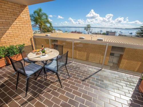 7 'The Crest' 6-8 Tomaree St - Stunning unit with Spectacular Water Views.
