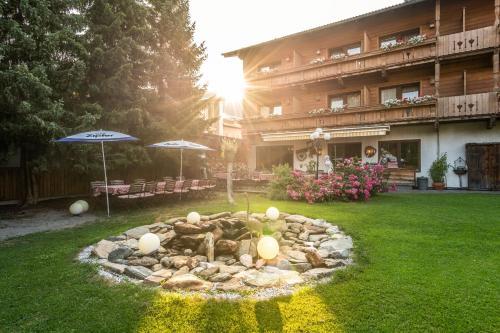 Hotel Alpenstolz - Mieders