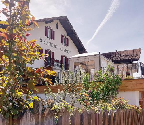 Hotel Schuster Gossensass