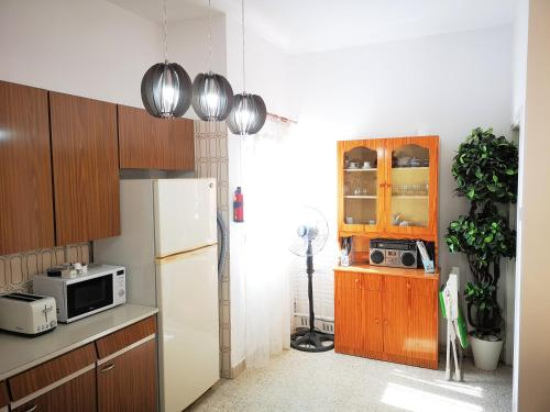 Sunny Apartment Larnaca - Photo 1 of 39
