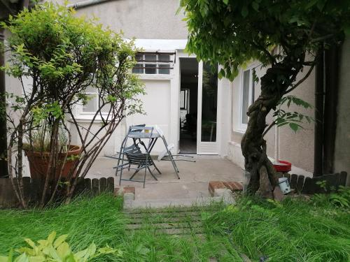 Beau studio hyper centre avec jardin privé - Location saisonnière - Orléans