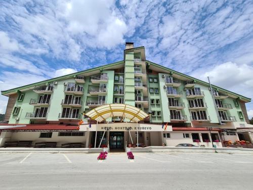 . Hotel Montana Palace