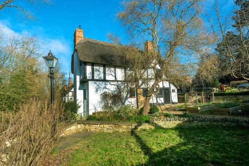 Brookside Cottage, Shottery