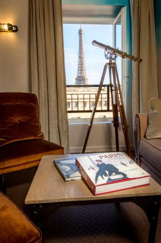 35 Rue Benjamin Franklin, 16th arr, 75016 Paris, France.