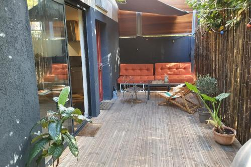 Warm duplex 60 M independent new with terrace on garden - Location saisonnière - Pantin