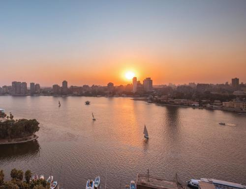 Four Seasons Hotel Cairo at Nile Plaza - image 12
