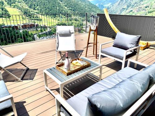 Luxury Chalet El Tarter, Andorra - Best Views in Grandvalira - by Kabano Rentals - El Tarter