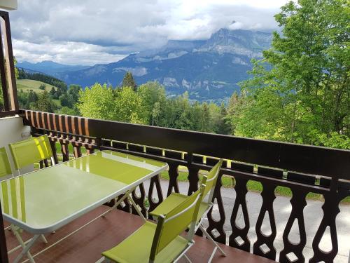 Studio tout confort avec vue sur les sommets - Apartment - Combloux
