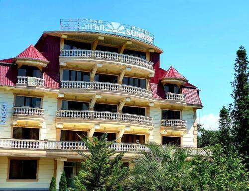 . Sunrise Hotel