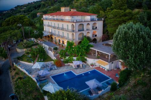 . Hotel Garden Riviera