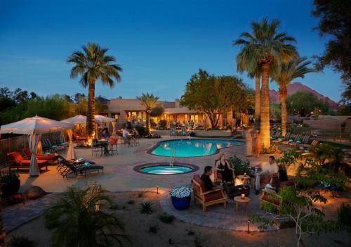 5532 North Palo Cristi Road, Paradise Valley, Arizona 85253, United States.
