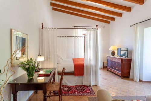 Superior Double or Twin Room with Terrace Finca Hotel Son Palou 1