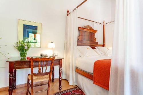 Superior Double or Twin Room with Terrace Finca Hotel Son Palou 3