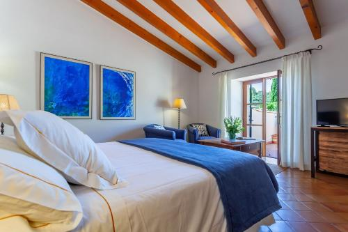 Superior Double or Twin Room with Terrace Finca Hotel Son Palou 11