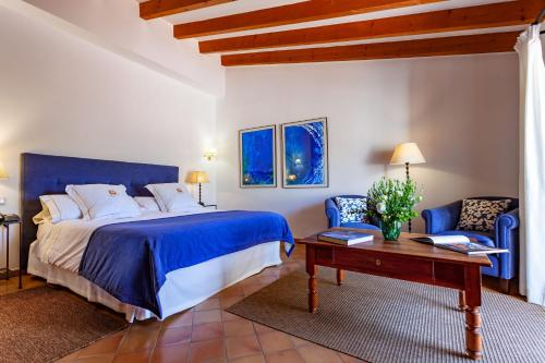 Superior Double or Twin Room with Terrace Finca Hotel Son Palou 10