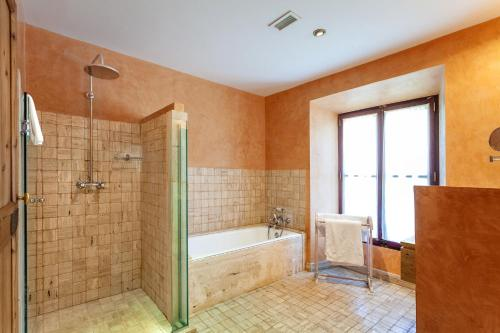 Superior Double or Twin Room with Terrace Finca Hotel Son Palou 16