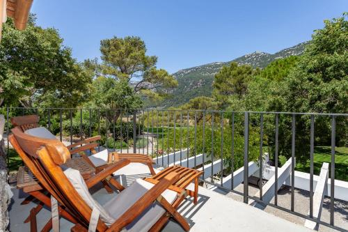 Superior Double or Twin Room with Terrace Finca Hotel Son Palou 13