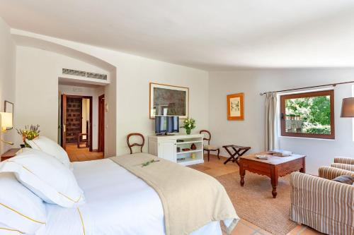 Superior Double or Twin Room with Terrace Finca Hotel Son Palou 22