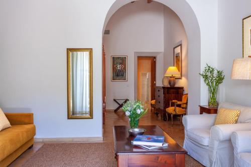 Junior Suite mit Terrasse Finca Hotel Son Palou 9