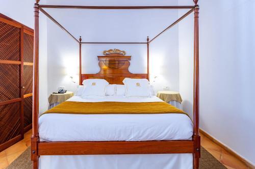 Junior Suite mit Terrasse Finca Hotel Son Palou 10