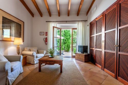 Junior Suite mit Terrasse Finca Hotel Son Palou 6